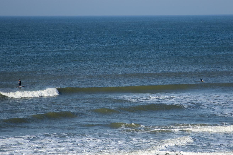 Små men fina vågor väntar på oss.