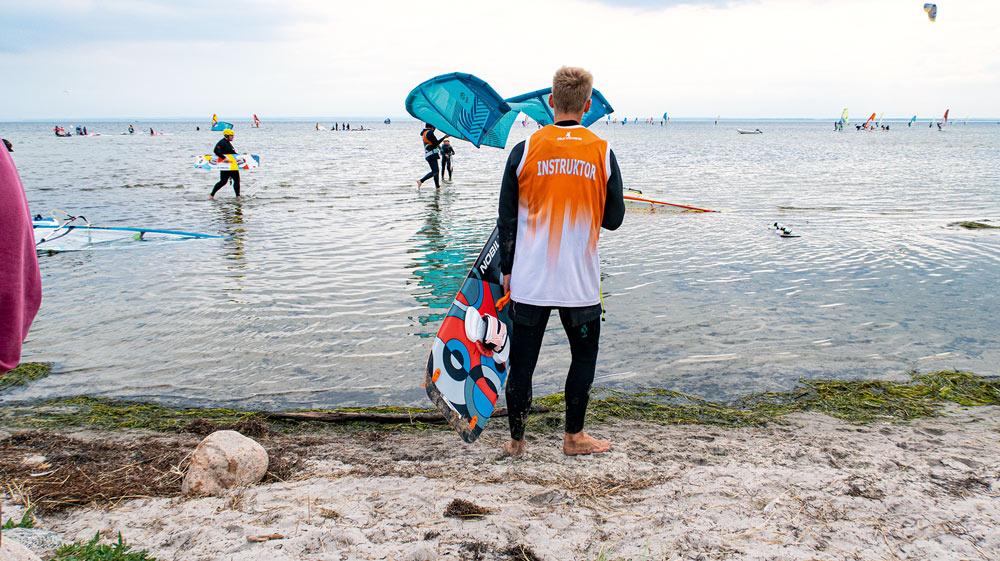 Halvön Hel är något av windsurfarnas paradis.