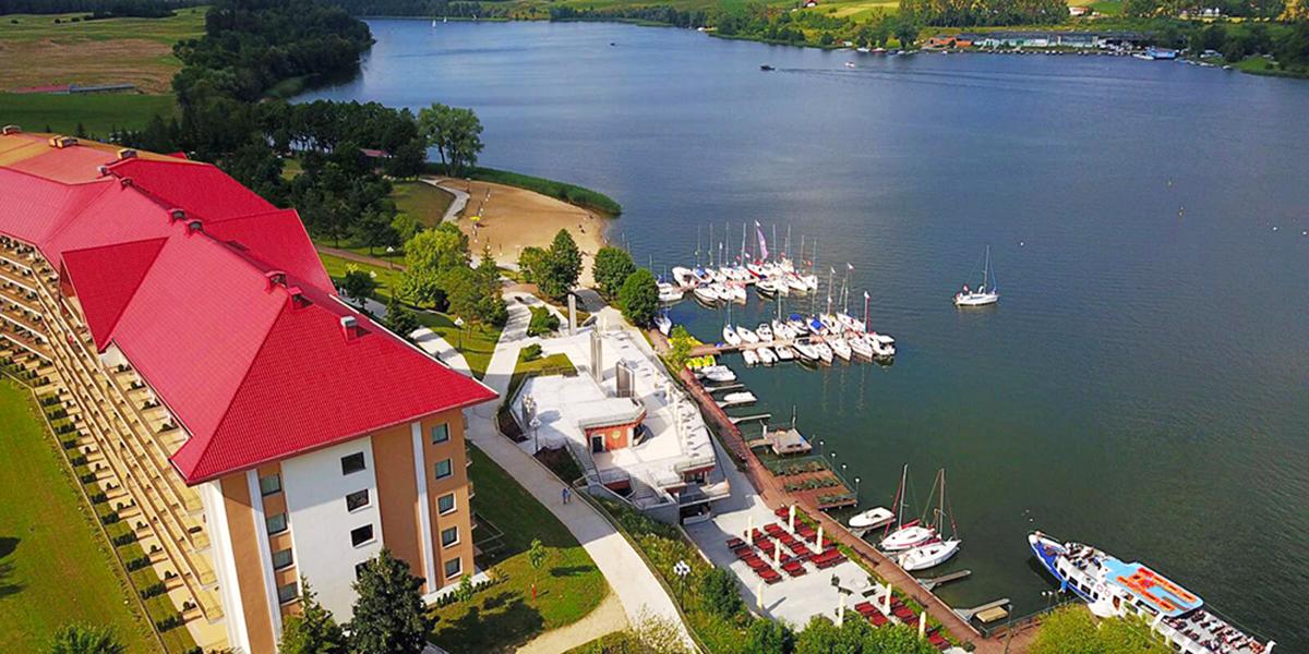 Hotell vid sjö